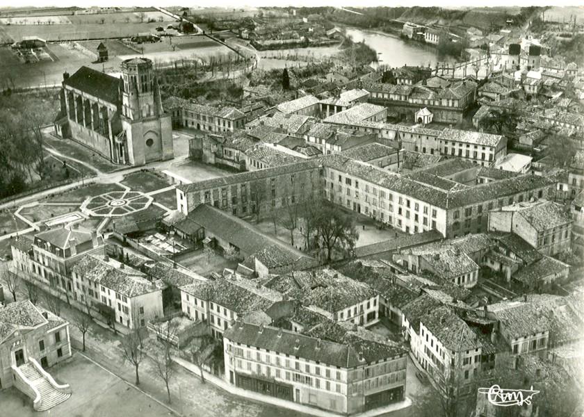 la cathédrale et le lycée
