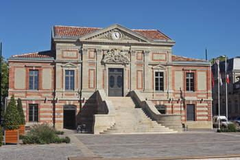 L'Hôtel de Ville, situé au coeur de Lavaur, depuis 2011.