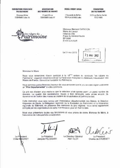 La Ville a reçu le prix départemental des Rubans du patrimoine pour l'aménagement de l'Hôtel de Ville, premier service public local, en 2012.
